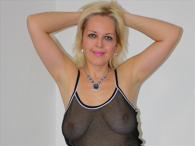 Blonde Hobbyhure aus Altenburg
